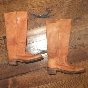 Frye Shoes - Frye Campus Sz 9 boots used condition M28281 tan
